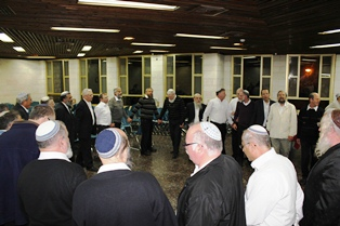 shabbat bogrim 6-9-5773-dancing in the chadar ochel-web